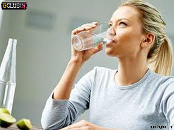 คุณสามารถลดน้ำหนักด้วยการดื่มน้ำ